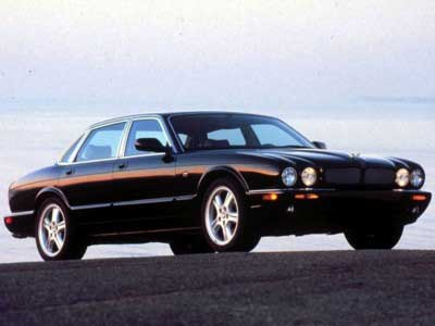 Jaguar XJR Side